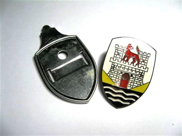 Hood Crest, Yellow - 111853901A