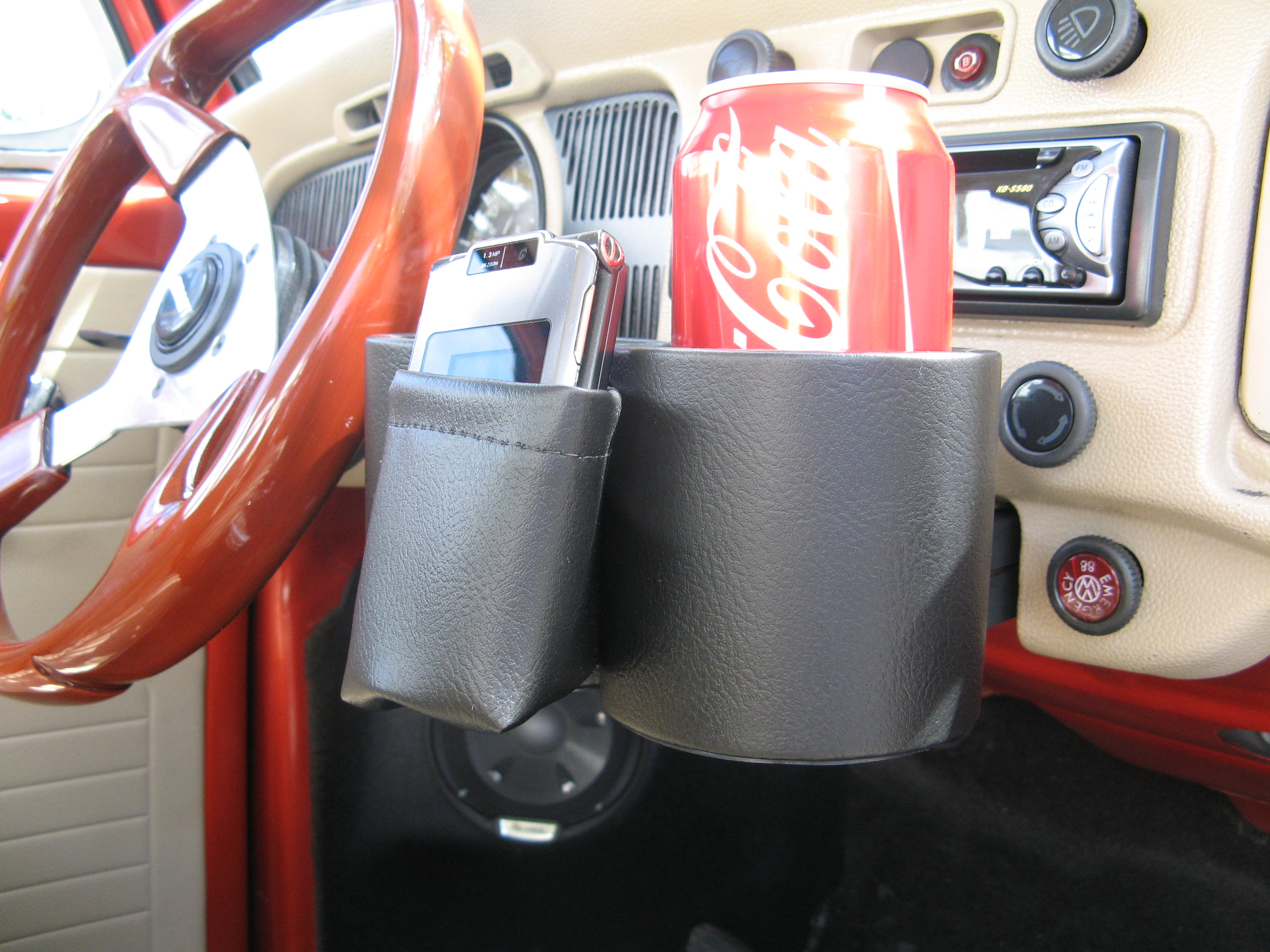 Cup & Phone  Holder  Beetle 68-77 - VWBE6877PC-BK