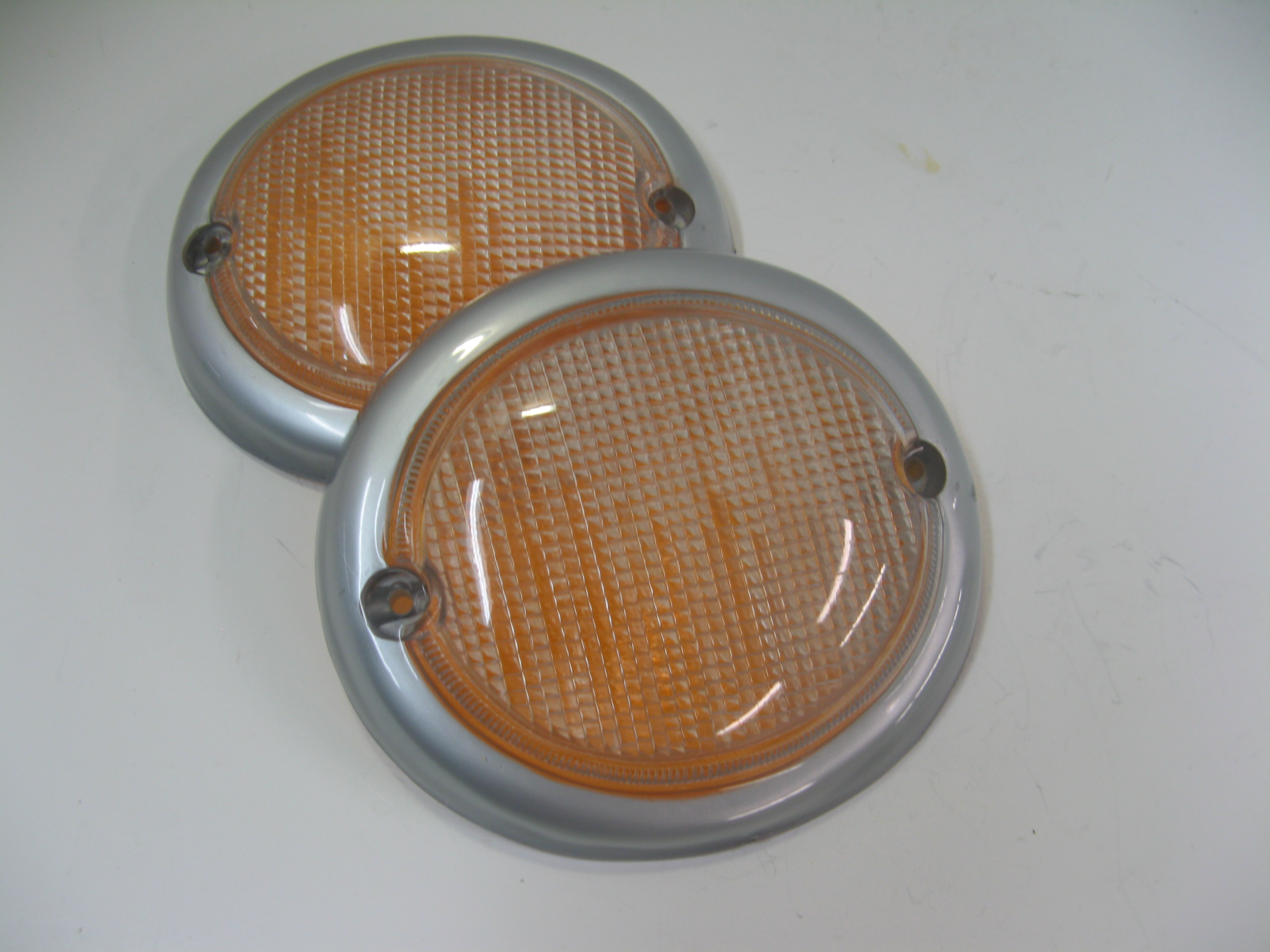 Turn Signal Lens, Right - 211953162A